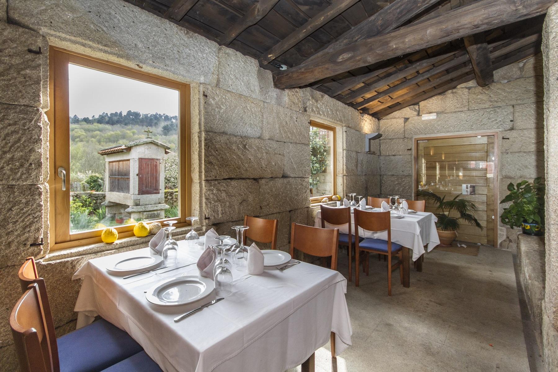 El restaurante casa rural vilaboa - Casa rural carballo ...